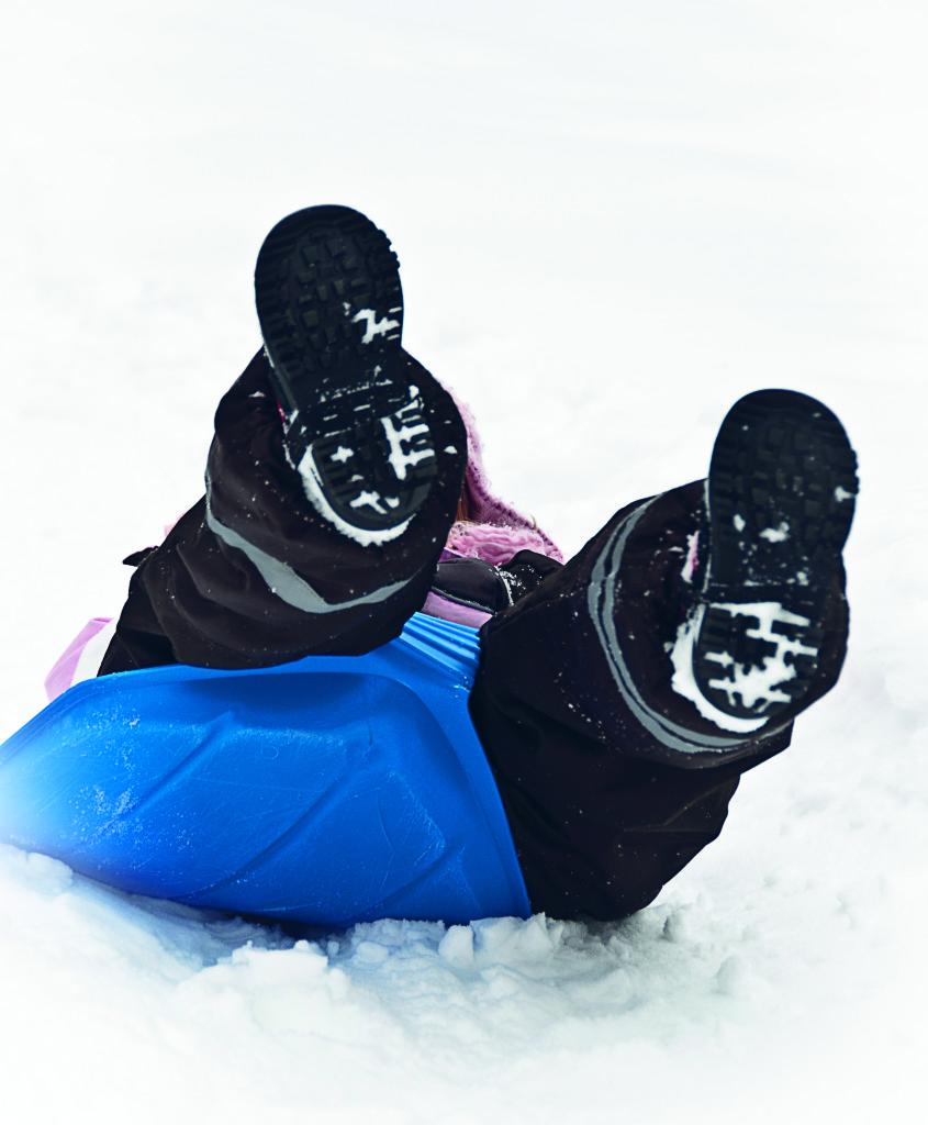 Snölek, pulka, vinter, barn