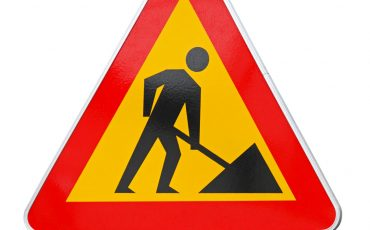 Skylt för vägarbete
