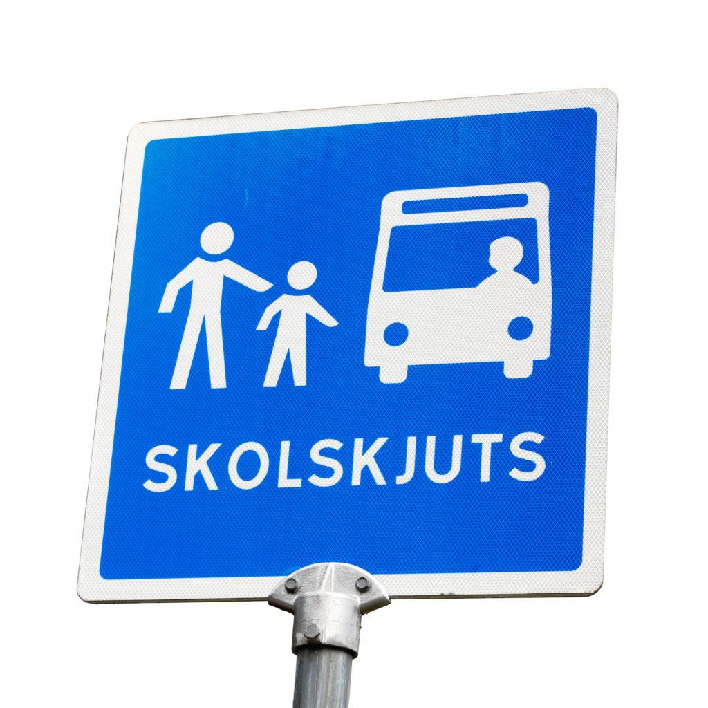 Trafikskylt för skolskjuts